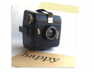 bulls-eye-art-deco-camera
