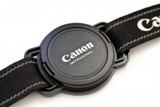 rikki-hibbert-photographer-lens-cap-holder1