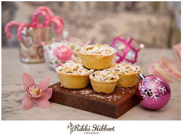 Christmas-Mince-Pies-Rikki-Hibbert-Photography