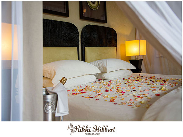 lukimbi-bed-turndown-rikki-hibbert-photography