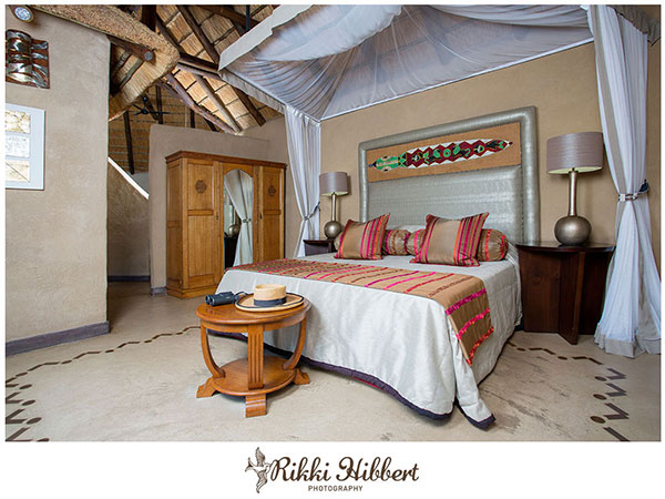 lukimbi-premier-bedroom-rikki-hibbert-photography